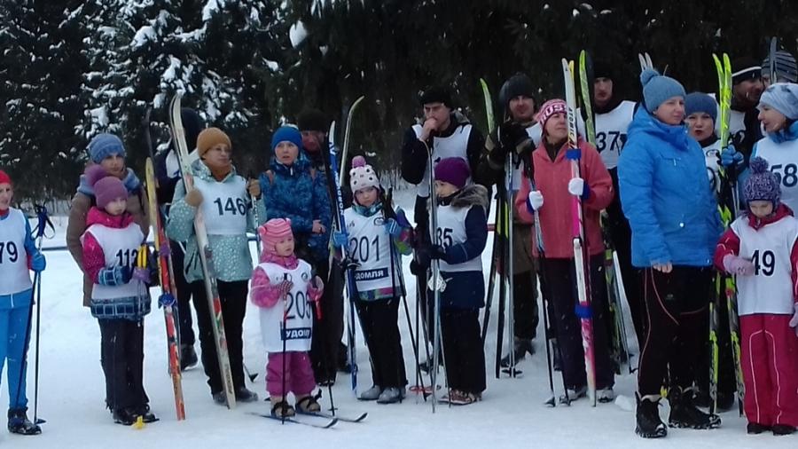 В Удомле состоялся I этап Всероссийской массовой лыжной гонки «Лыжня России» - 2018 г.